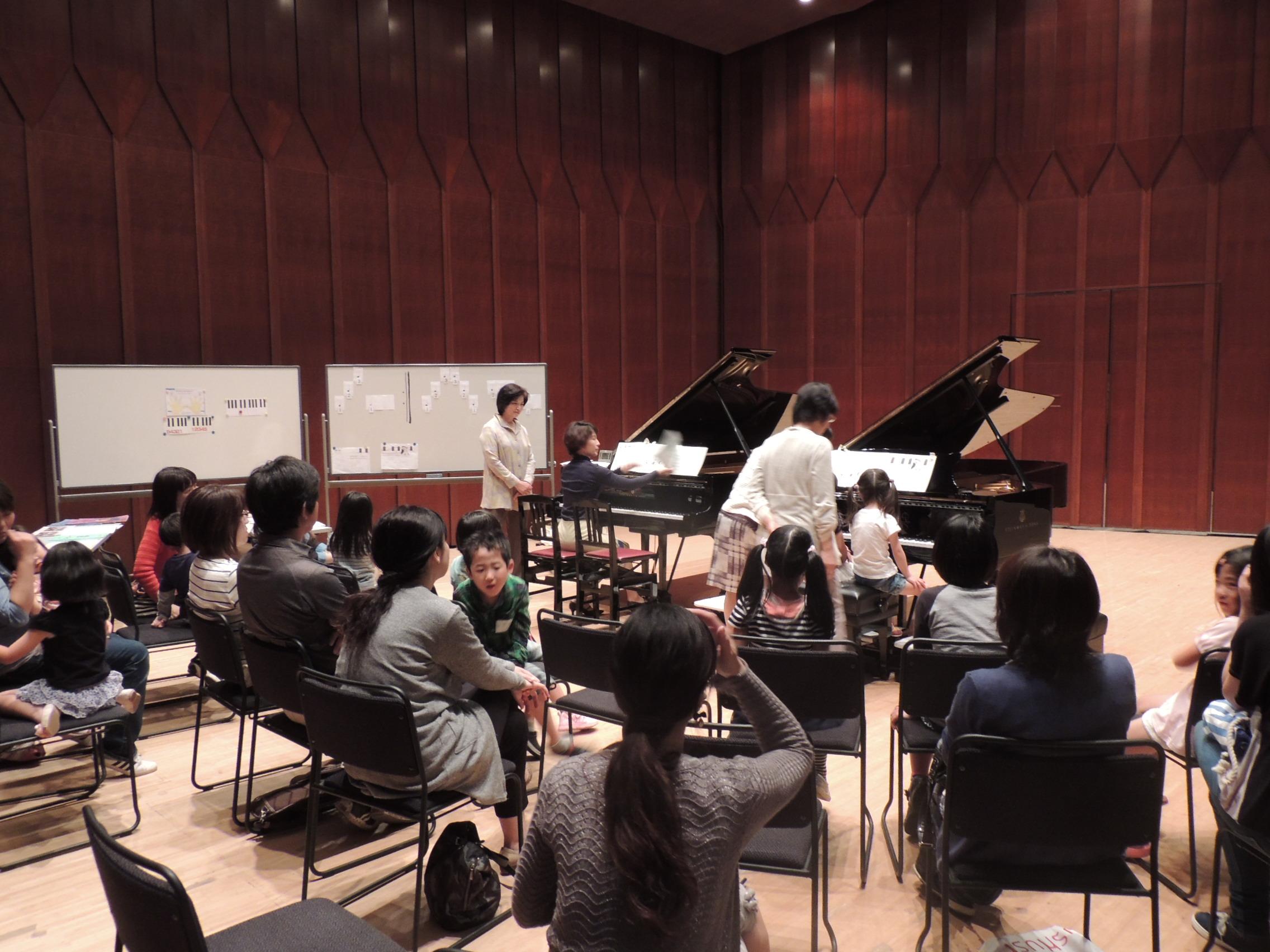 http://mj-hall.jp/performance/300924otameshi3.JPG