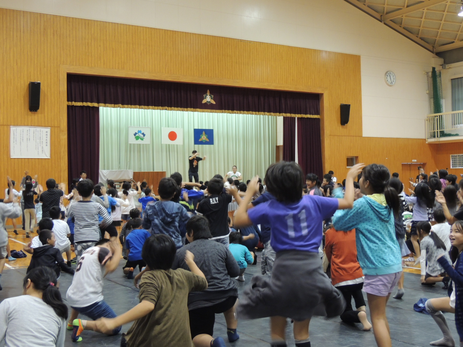 http://mj-hall.jp/performance/30auto4.JPG